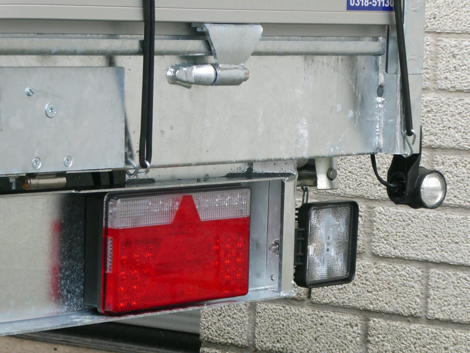 Led Lampen Aanhangwagen : Verlichting cluistra aanhangwagens veenendaal
